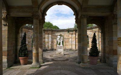 Pourquoi ne pas aménager votre jardin avec des statues ?